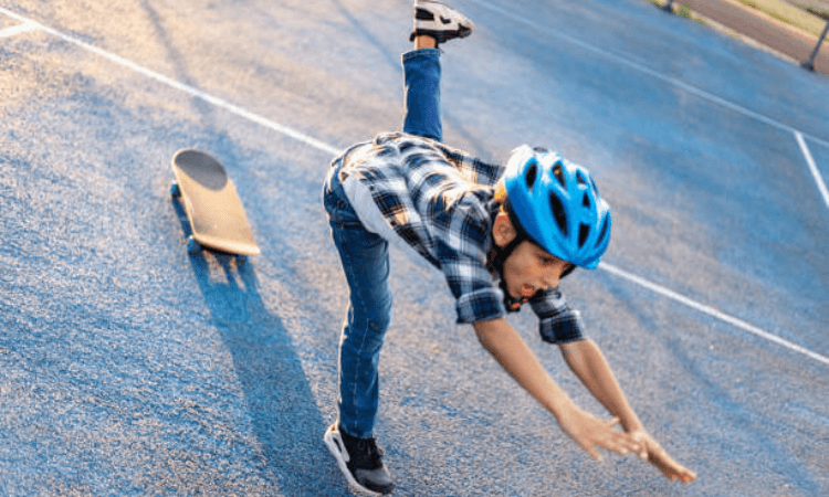 Learn How to Fall from Skateboard - How to Get Better at Skateboarding